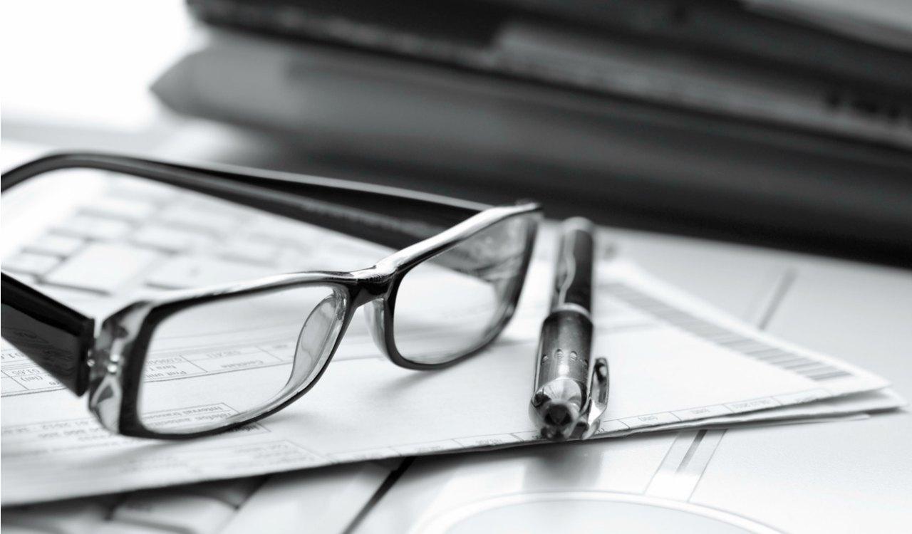 photodune-1768580-office-job-m