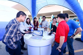 A showcase of Intel technology, the Intel® IOE tour includes a line up of laptops, tablets, wearables, 2-in-1s, All-in-Ones (AIO) as well as mobile phones that are made possible by Intel employees.