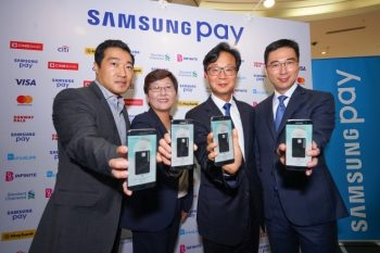 Dan Seung Han, Director of Samsung Pay, Samsung Electronics, Elle Kim, Vice President of Payment Business Group, Samsung Electronics, Lee Sang Hoon, President of Samsung Malaysia Electronics, Lee Jui Siang, Vice President, IT & Mobile Business Unit, Samsung Malaysia Electronics