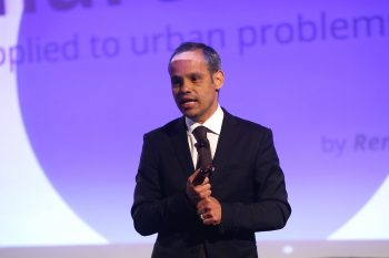 Dr. Renato de Castro