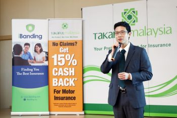 2. Luke Roho, Co-Founder of iBanding giving an opening speech at the award presentation ceremony