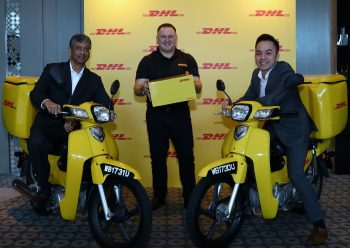 L-R: Malcolm Monteiro (CEO, DHL eCommerce Asia Pacific), Charles Brewer (CEO, DHL eCommerce) and Jason Kong (MD, DHL eCommerce Malaysia) at the launch of DHL eCommerce in Kuala Lumpur