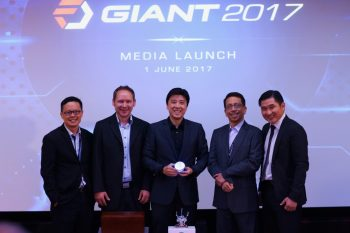 L-R: Chen Keat Ming (Fusionex VP - Marketing), James Martin (Fusionex Programme Director), Dato' Seri Ivan Teh (Fusionex MD & CEO), Raju Chellam (Fusionex VP - New Technologies) & James Houng (Fusionex Senior VP - Solutions Development)