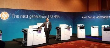 Mr. Ng Tian-Chong, General Manager, Printing Systems, Asia Pacific and Japan, HP Inc. presenting its next-generation A3 MFPs