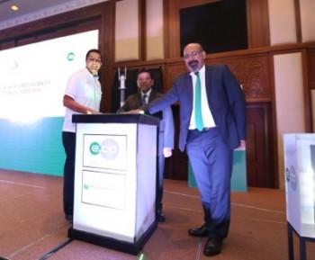 (L-R): Tn Hj Ahmad Khalif bin Tan Sri Datuk (Dr.) Hj Mustapha Kamal, Executive Chairman of Setia Haruman,  Dato' Mohd Ali Hanafiah Mohd Yunus, Chief Officer, Communications and Digital Ecosystem, MCMC Suresh Sidhu, CEO of edotco Group