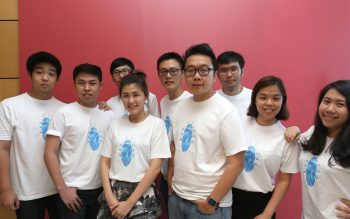 Exabytes Founder cum Executive Director, Chan Kee Siak (4th from left) posing with Cockroach Startup Program Team